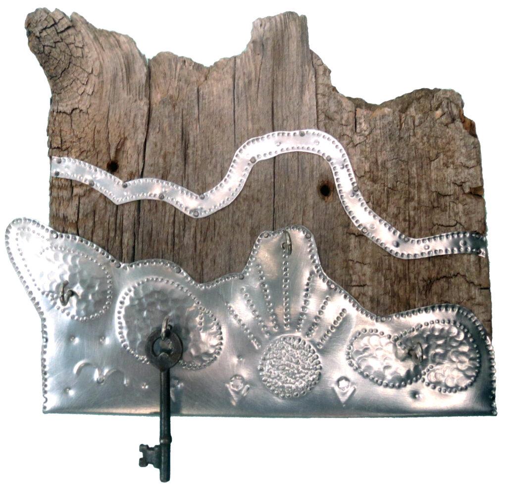 Anne Ravenstone's Decorative Tin